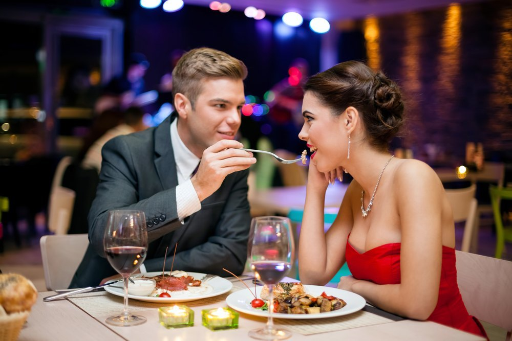 Couple-enjoying-dinner-at-one-of-the-top-Pigeon-Forge-restaurants-fine-dining
