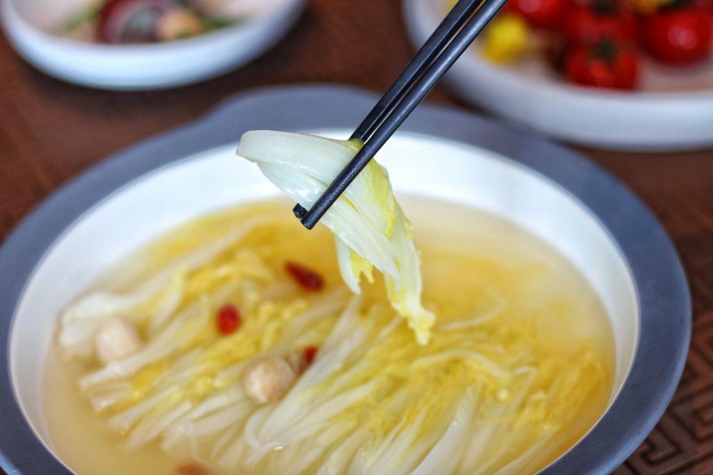 瑶柱开水煮白菜
