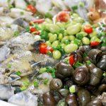 南太湖|老板亲自下厨,给我们做了一大盆黄鳝,还有一盆叫不上名字的小鱼