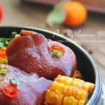 【食谱】美容和滋补兼备的宴客菜:玉米炖猪蹄